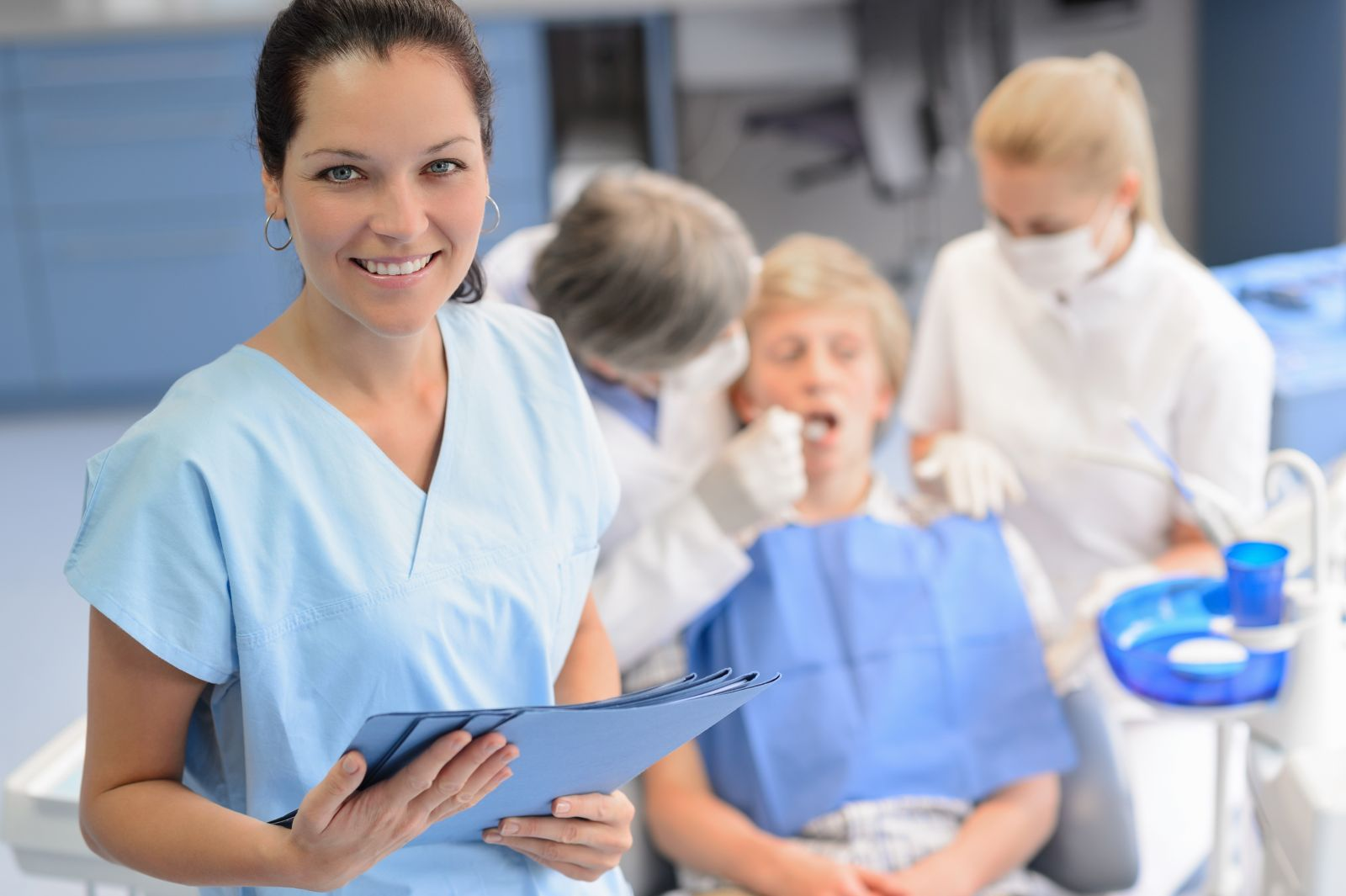 a dental resume that will catch their eye